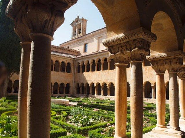 Convento de las Clarisas, en realidad llamado Monasterio de la Ascensión de Nuestro Señor