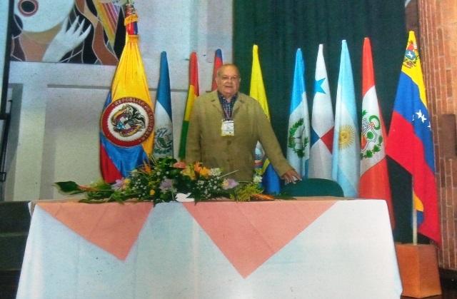 República de Colombia. Participando en el Consejo Directivo de la CONPEHT, celebrado en el año 2010, en Bogotá, Universidad Externado de Colombia.
