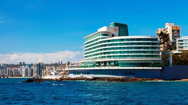 El moderno, Sheraton Miramar Hotel & Convention Center, una bella estampa de la transformación y progreso de Viña del Mar.